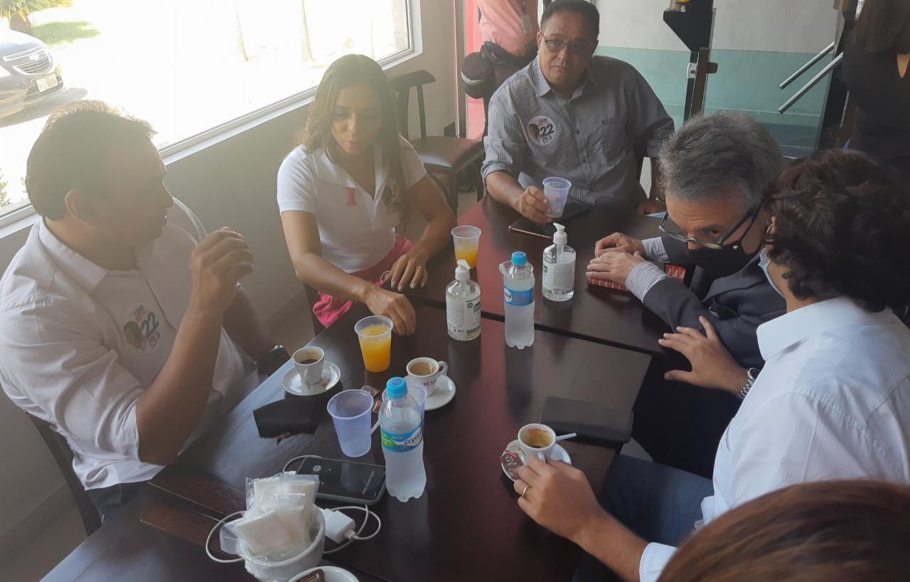 Fábio Abreu se reúne com líderes de partidos aliados - Imagem 2