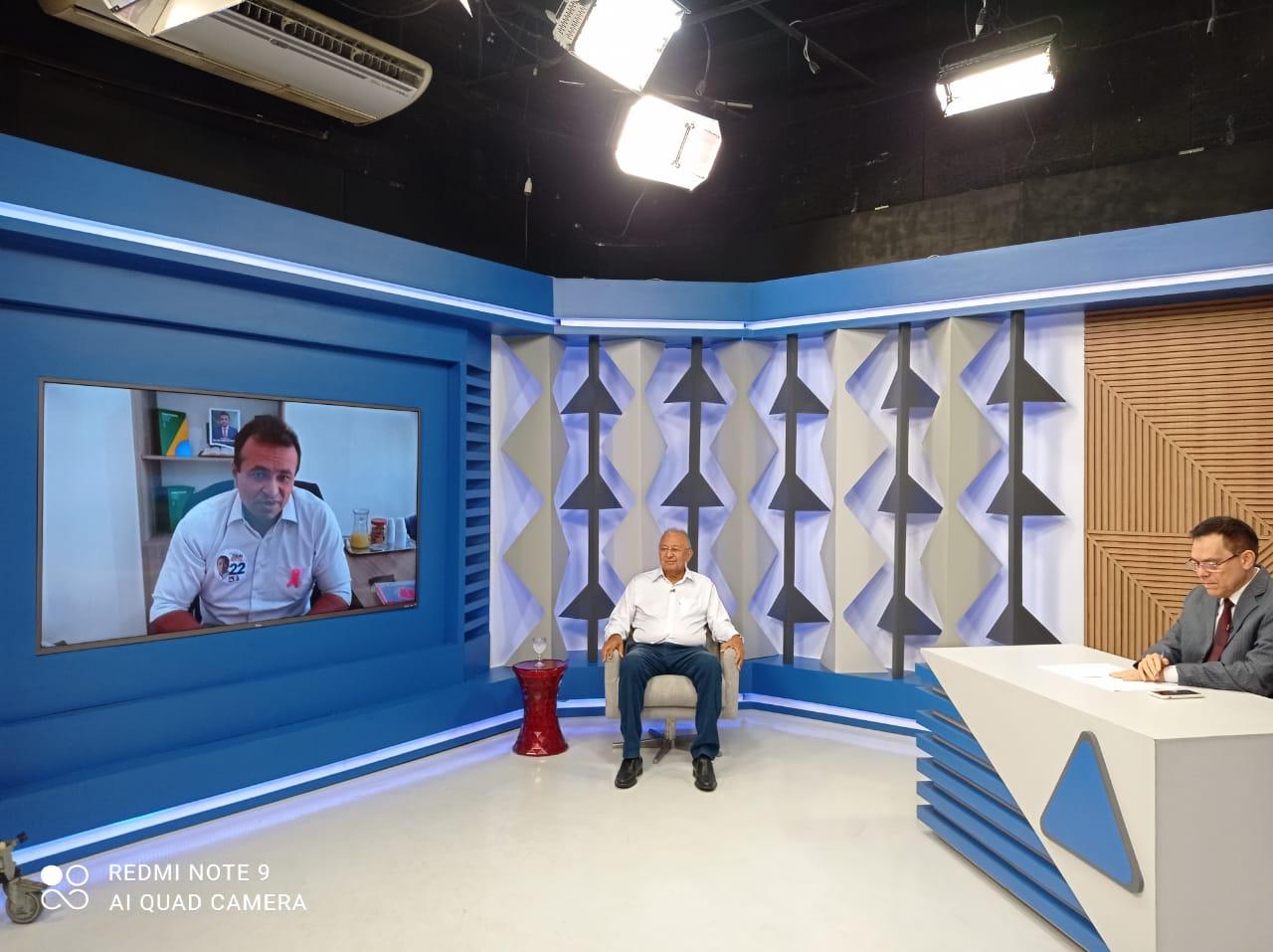 Dr. Pessoa (MDB) responde perguntas de Fábio Abreu (PL) - Foto: Efrém Ribeiro