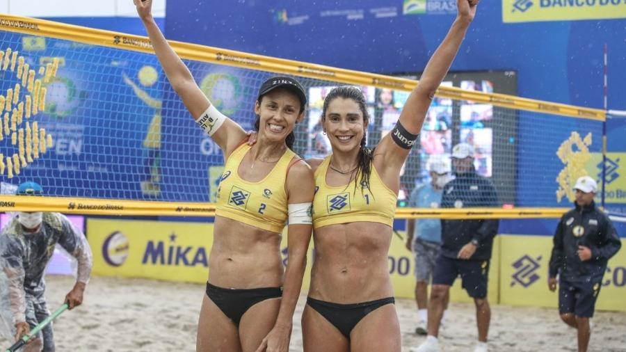 Talita e Carol Solberg (Imagem: reprodução)