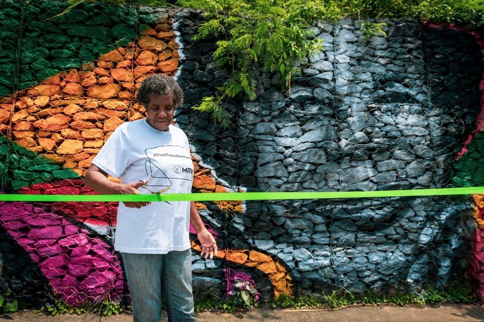 Ex-atleta de 83 anos ganha mural de 30 metros - Imagem 1