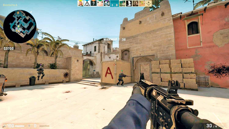 CS:GO é um jogo de tiro de primeira pessoa