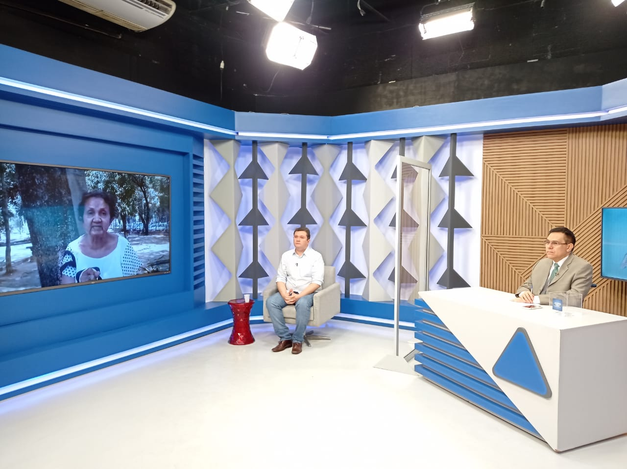 Fábio Sérvio responde perguntas de candidatos a prefeito de Teresina em sabatina no Jornal Agora - Foto: Efrém Ribeiro