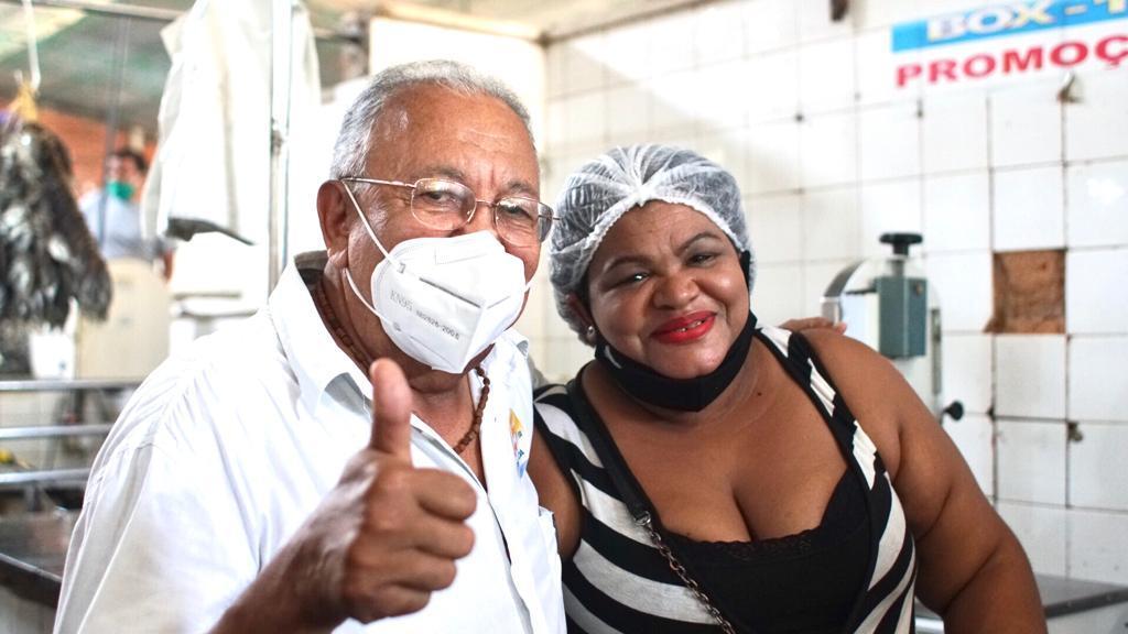 Dr. Pessoa visita Mercado da Piçarra e promete reforma - Imagem 3