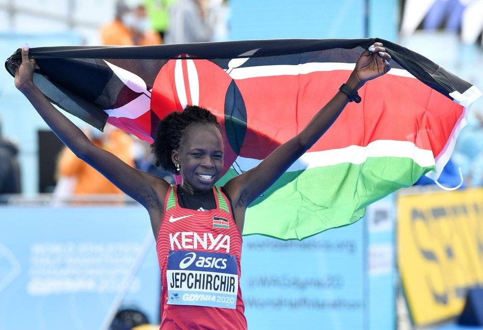 Peres Jepchirchir recorde mudial de meia maratona (Foto: Getty Images)