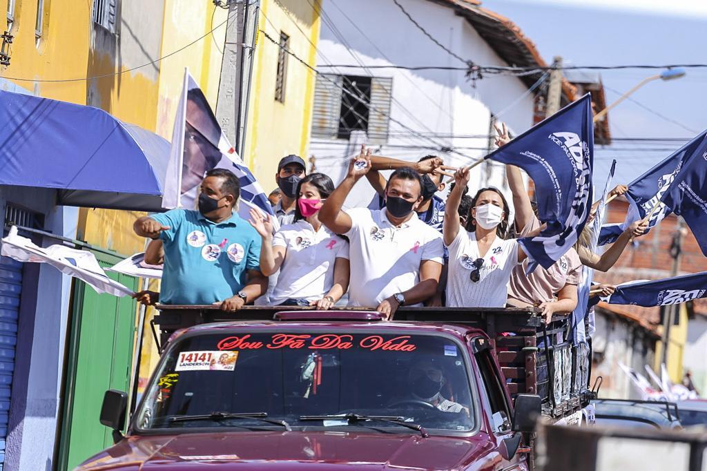 Fábio Abreu participa de mini carreata na zona Sudeste de Teresina - Imagem 2