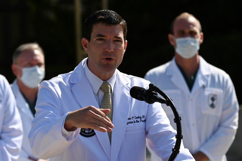Sean Conley, o médico da Casa Branca concede entrevista coletiva Foto: Erin Scott/Reuters