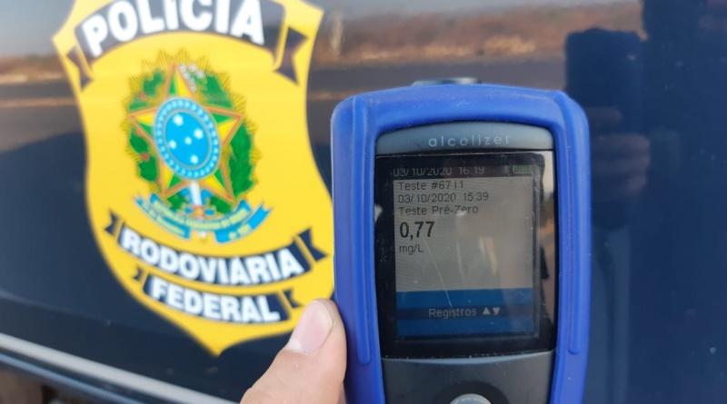 Idoso de 71 anos é preso conduzindo veículo embriagado na BR-316 - Imagem 1