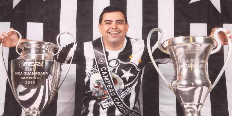 Padre João Cláudio: um apaixonado pelo Botafogo