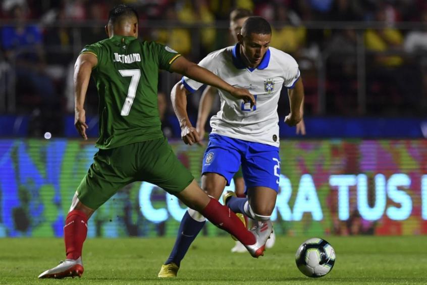 Último encontro entre as duas equipes terminou com a vitória do Brasil (Imagem: Globo esporte)
