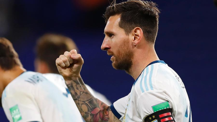 Messi comemora vitória da Argentina (Foto: Getty Images)