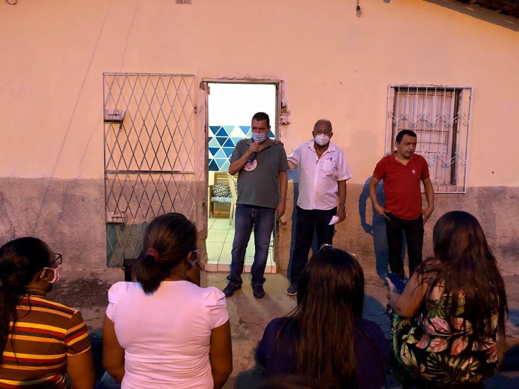 Dr Pessoa faz caminhadas e dialoga com moradores sobre desapropriação - Imagem 3