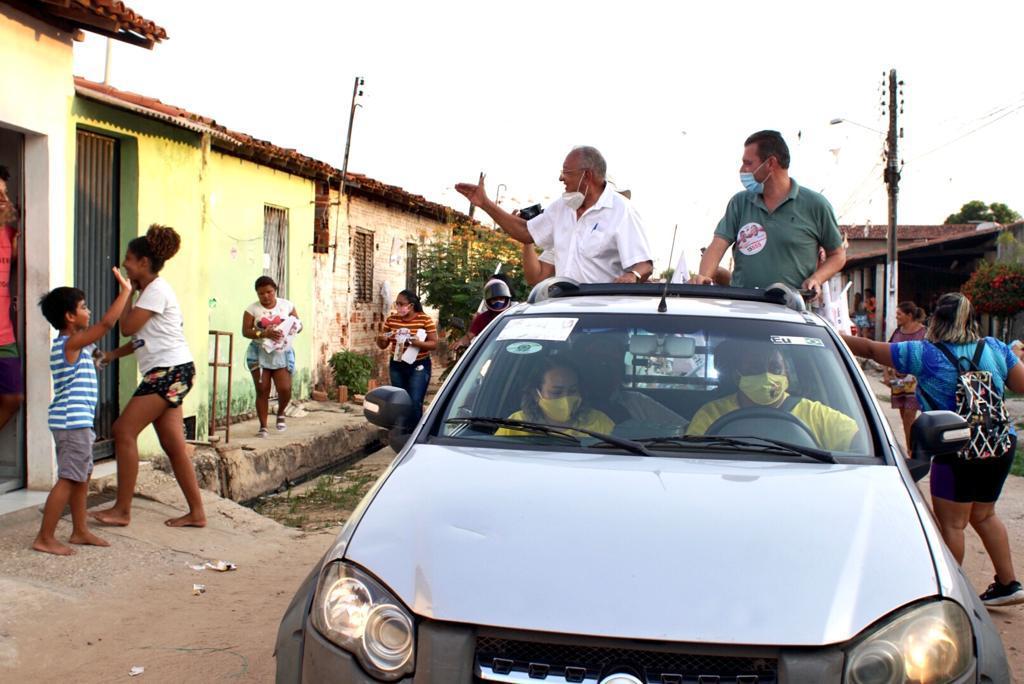 Dr Pessoa faz caminhadas e dialoga com moradores sobre desapropriação - Imagem 2