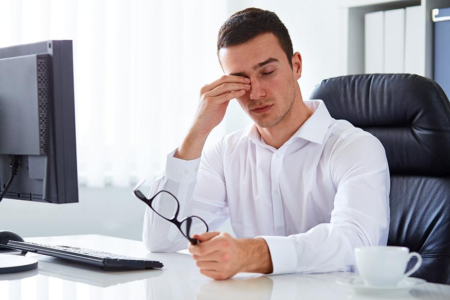 Sintomas incluem forte cansaço visual. Crédito: CooperVision.