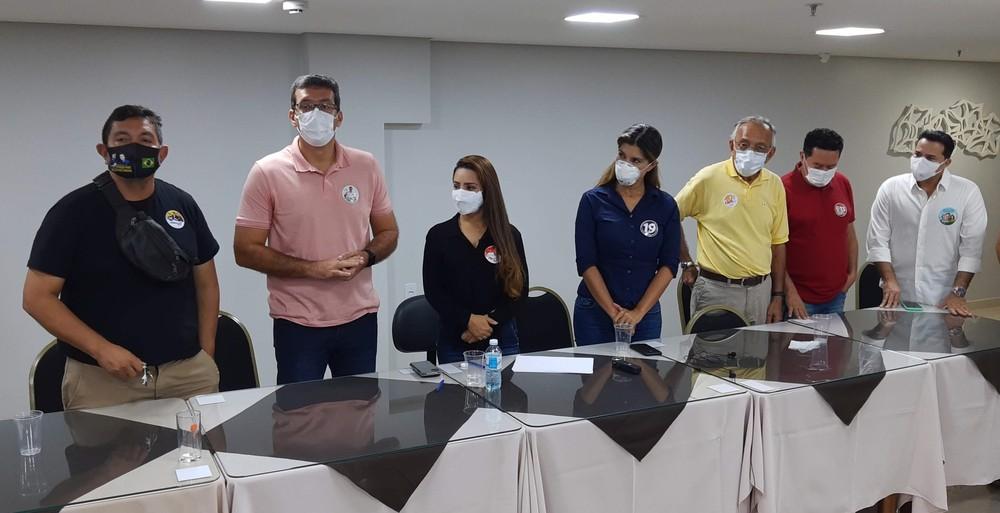 Candidatos à prefeitura durante pedidos por novas datas - Foto: John Pacheco/G1