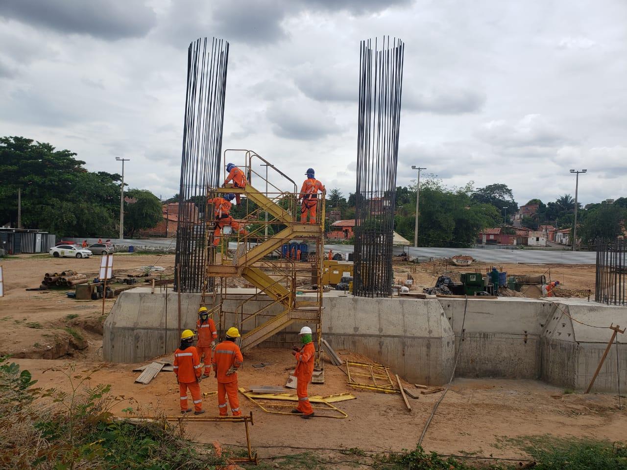 Ponte João Claudino Fernandes começa a receber pilares em Teresina - Imagem 2