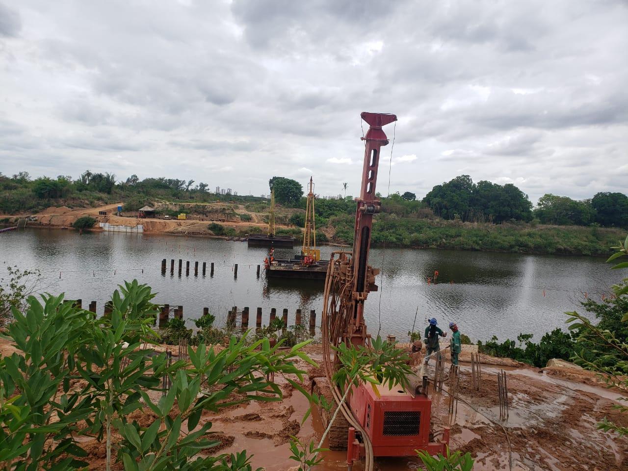 Ponte João Claudino Fernandes começa a receber pilares em Teresina - Imagem 1