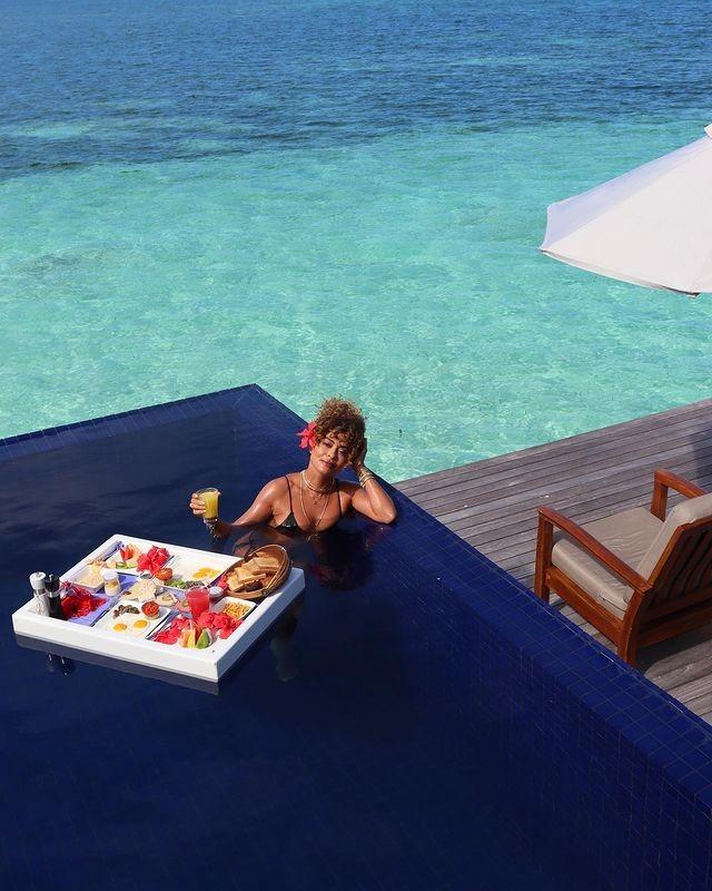 Juliana Paes curte café da manhã em cenário paradisíaco - Imagem 2