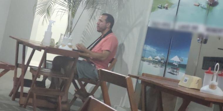 Baré: Técnico com Covid-19 é flagrado em restaurante