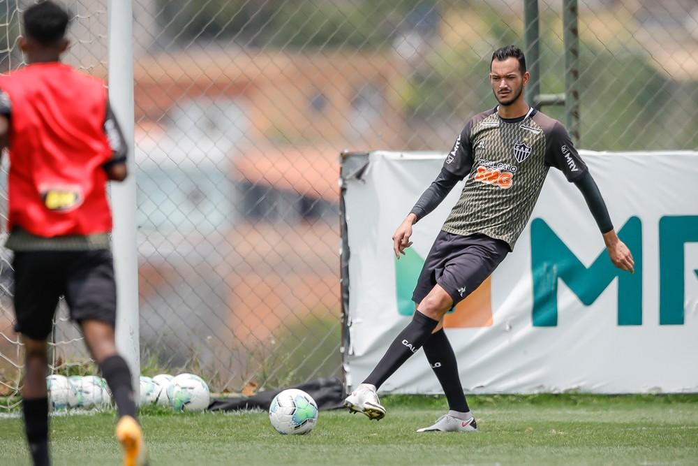 Réver, zagueiro do Atlético-MG