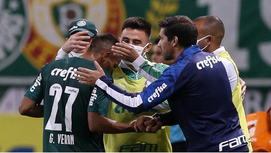 Abel Ferreira (Azul) é o novo técnico do Palmeiras- Foto: Cesar Greco