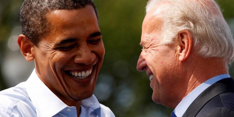 """Barack Obama parabeniza Joe Biden: """"Não poderia estar mais orgulhoso"""""""