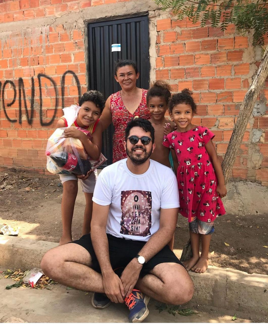 Projeto leva cestas de Natal para famílias carentes | FOTO: Divulgação