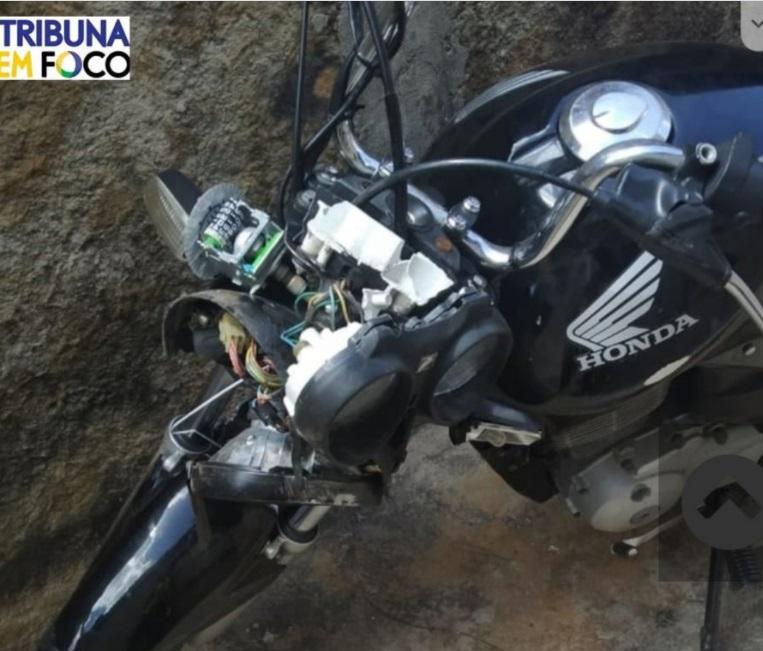 Acidente se deu após colisão entre duas motocicletas