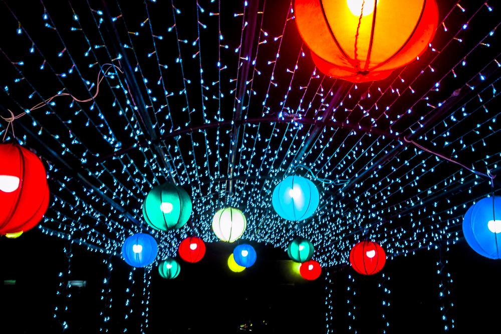 Confira a decoração natalina da praça 28 de Dezembro, em Joaquim Pires - PI - Imagem 22