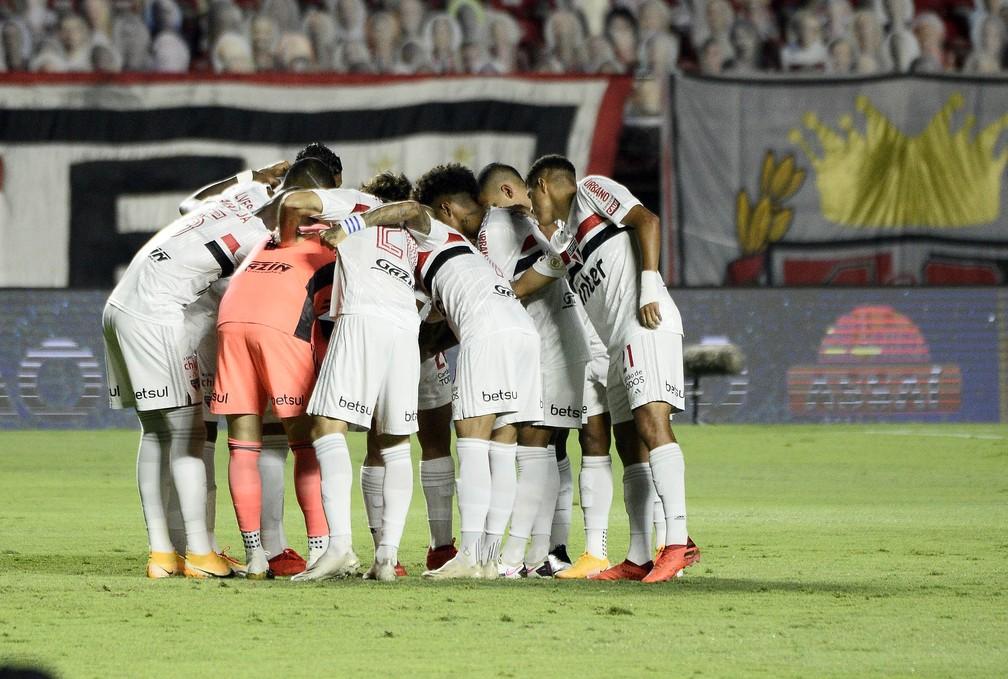 São Paulo vence o Atlético-MG Foto: Marcos Ribolli