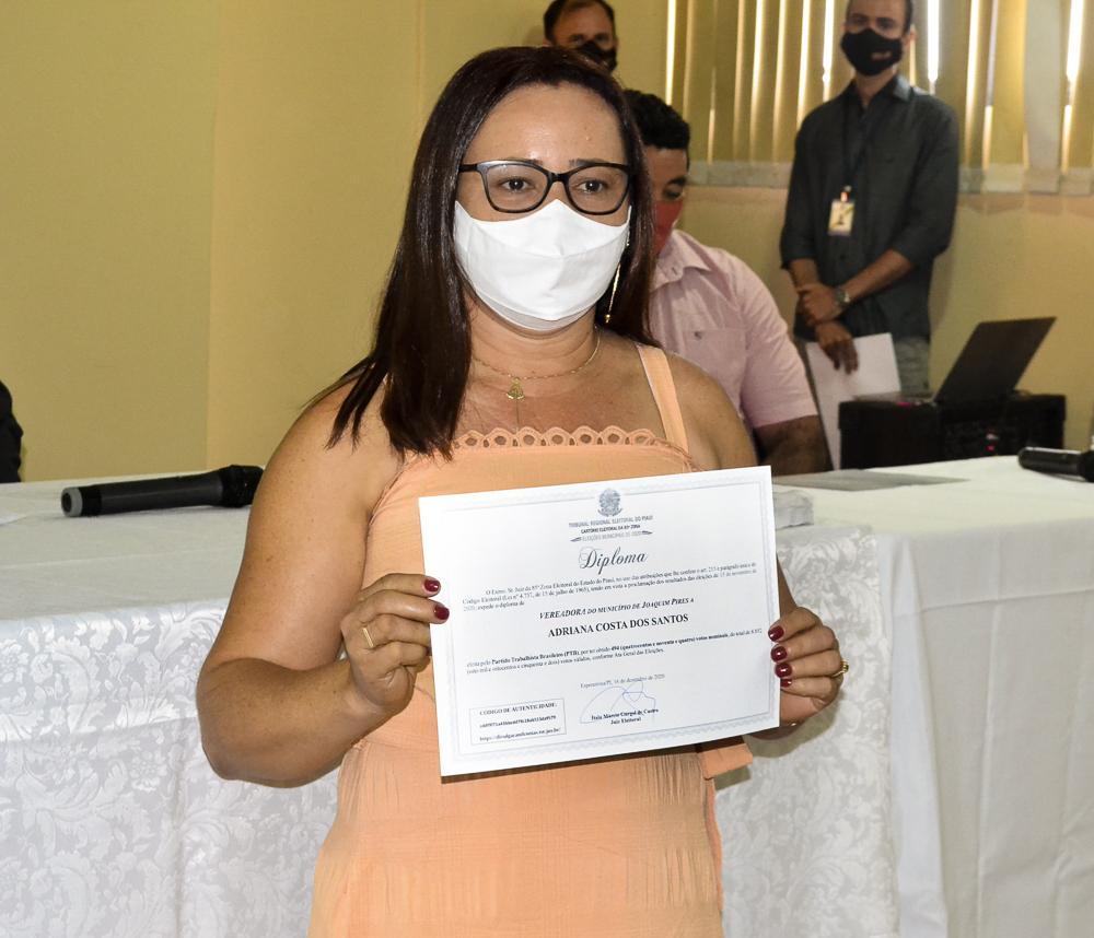 Prefeito eleito Genival Bezerra é diplomado pela Justiça Eleitoral - Imagem 17