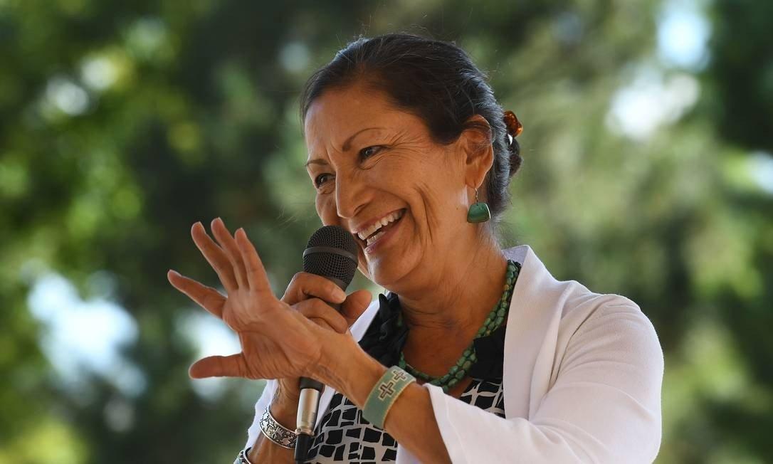 Biden nomeia a primeira indígena no Departamento do Interior