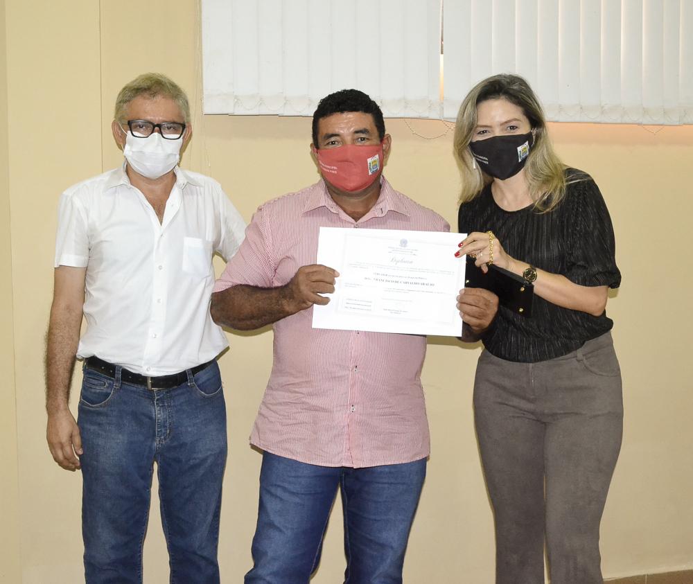 Prefeito eleito Genival Bezerra é diplomado pela Justiça Eleitoral - Imagem 27