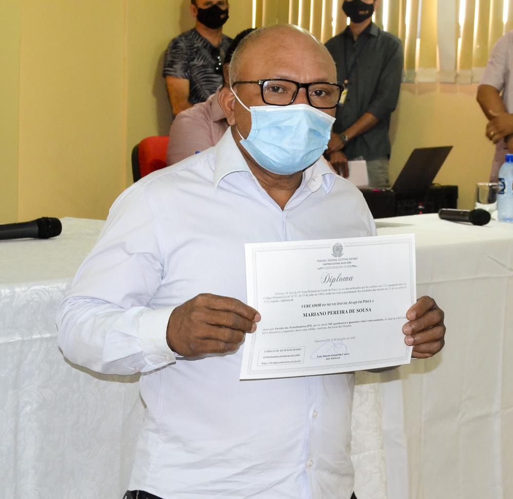 Prefeito eleito Genival Bezerra é diplomado pela Justiça Eleitoral - Imagem 16