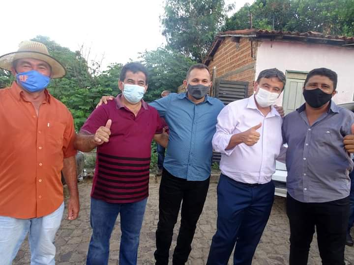Governador Wellington Dias e equipe do governo visitam Jatobá do Piauí e entregam obras relevantes no município. - Imagem 12