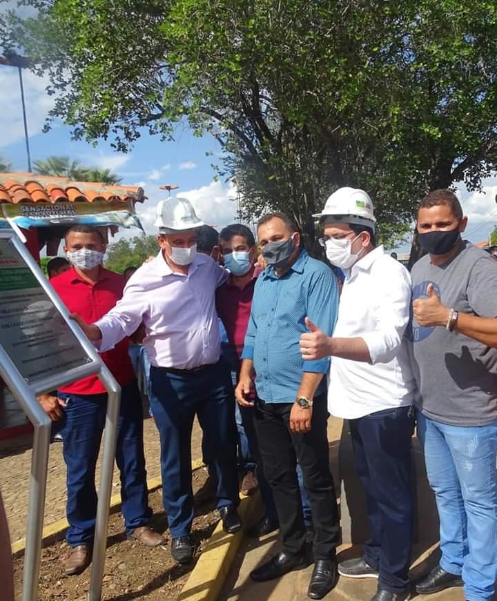 Governador Wellington Dias e equipe do governo visitam Jatobá do Piauí e entregam obras relevantes no município. - Imagem 21