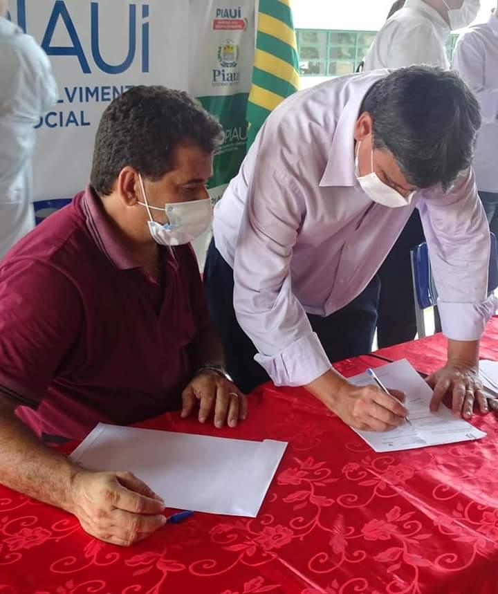 Governador Wellington Dias e equipe do governo visitam Jatobá do Piauí e entregam obras relevantes no município. - Imagem 14