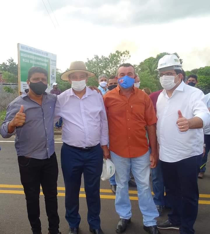 Governador Wellington Dias e equipe do governo visitam Jatobá do Piauí e entregam obras relevantes no município. - Imagem 2