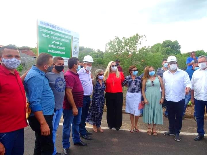 Governador Wellington Dias e equipe do governo visitam Jatobá do Piauí e entregam obras relevantes no município. - Imagem 22
