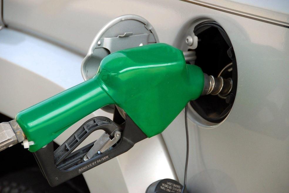 Petrobras eleva diesel em 4% e gasolina em 5% a partir de terça-feira - Imagem 1
