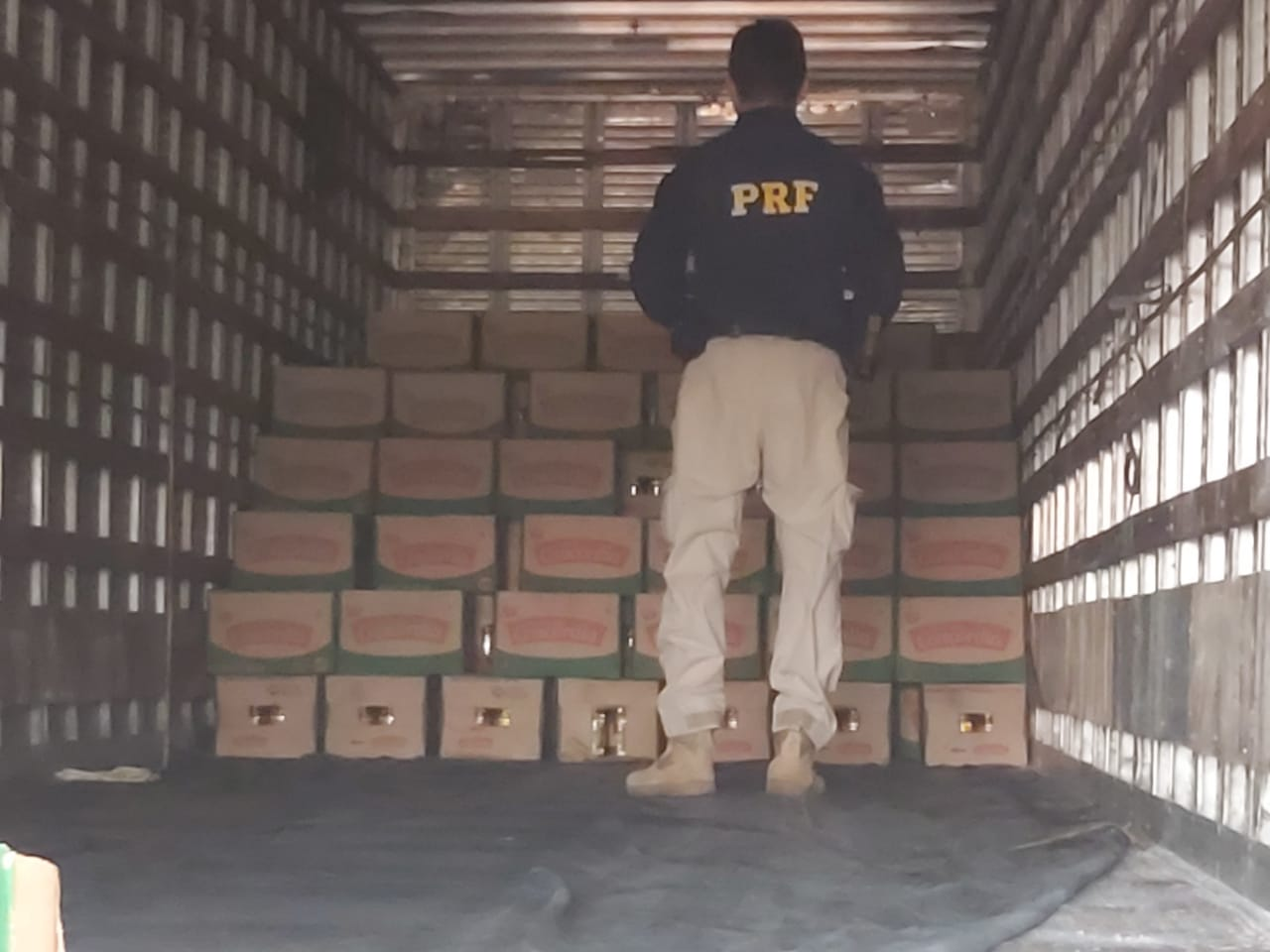 Policiais recuperam carga roubada avaliada em R$ 42 mil na BR-343  - Imagem 2