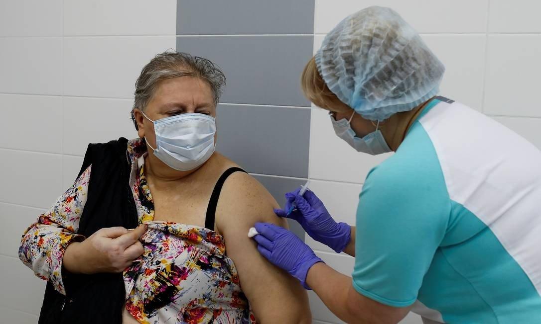 O processo de imunização já começou no país com a vacina Sputnik V