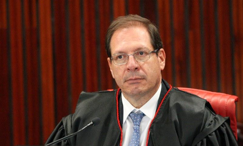 Ministro Luis Felipe Salomão: dois peses e duas medidas nas decisões no TSE (Foto: Carlos Moura/TSE)