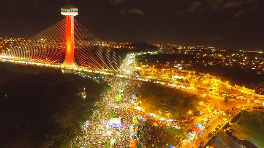 Corso transforma Teresina em referência nacional de  pré-carnaval - Imagem 1