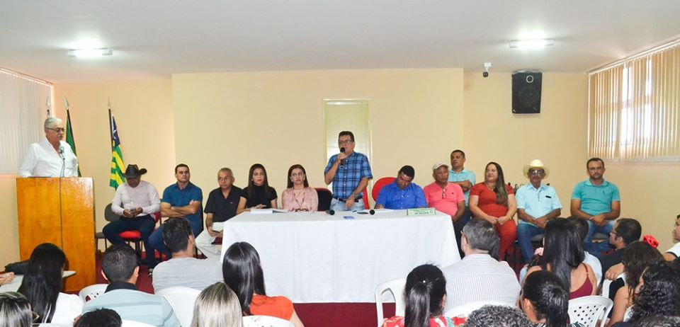 Prefeitura de Joaquim Pires realiza solenidade de posse de aprovados/classificados no último concurso público  - Imagem 1