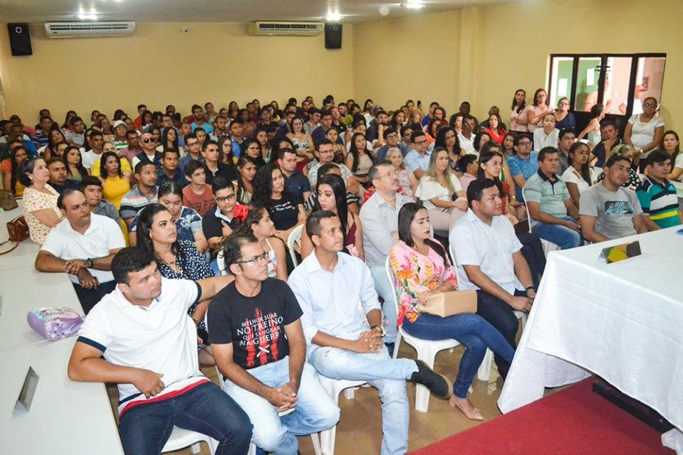 Prefeitura de Joaquim Pires realiza solenidade de posse de aprovados/classificados no último concurso público  - Imagem 4