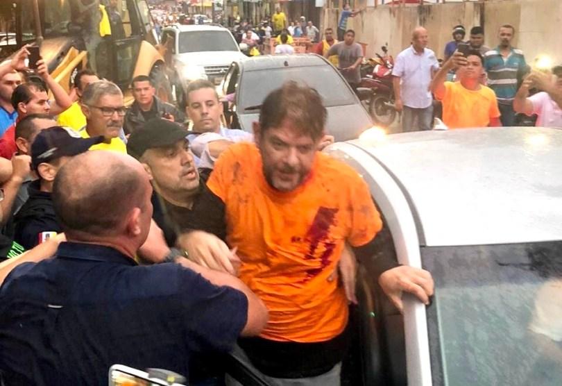 """""""Atiraram para matar"""", diz irmã de Cid Gomes após ato de PMs em Sobral - Imagem 3"""