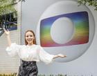 Atriz Larissa Manoela anuncia chegada à Rede Globo