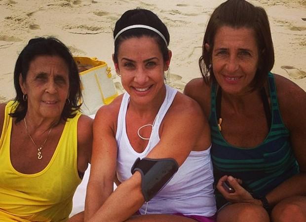 Após morte de irmão, Scheila Carvalho diz que irmã tem doença grave - Imagem 1