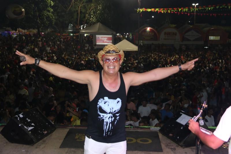 Terceiro dia de carnaval em Água Branca tem desfile e grandes bandas na arena da folia - Imagem 1