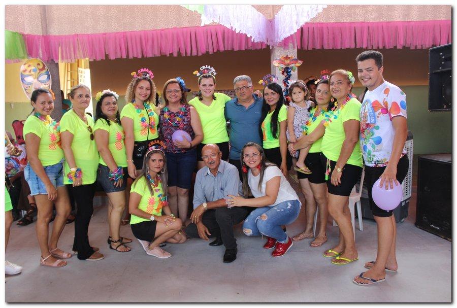 Prefeitura de Inhuma realiza carnaval dos Idosos - Imagem 40